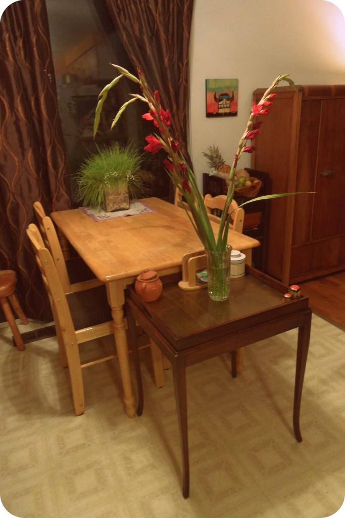 Livingroom_table